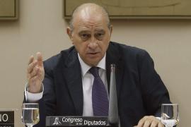 La Fiscalía archiva la denuncia del PSOE contra Fernández Díaz por reunirse con Rato