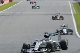 Hamilton gana en Bélgica su sexta carrera del año