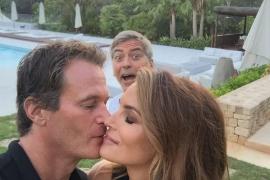 Clooney, Alamuddin, Crawford, Gerber y Meldman dan una fiesta en Eivissa