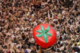Setenta años de tomatazos en Buñol