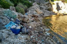 Estado «lamentable» de Cala Figuera en Calvià