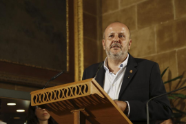 Ensenyat insta a Baleària a rectificar el maltrato lingüístico denunciado por Juanico
