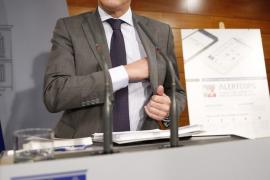 Alfonso Alonso afirma que no se pueden emitir tarjetas sanitarias «sin control»