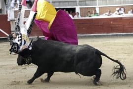 El Cordobés sufre una aparatosa cogida en San Sebastián de los Reyes