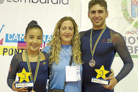 Los patinadores Nadia Parra y Sergi Álvarez suben al podio
