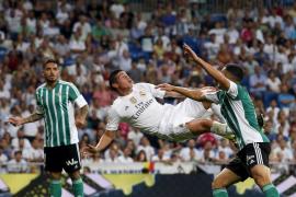 Recital de James para acabar con la sequía del Madrid