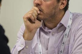 Paco Vallejo lidera en solitario en Nacional de ajedrez