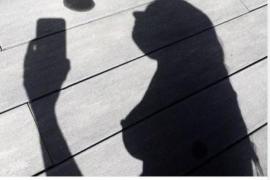Instagram vuelve a publicar la foto del pezón de Nuria Roca tras su enfado