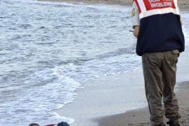 Aylan, el niño de la foto viral, murió con su madre y su hermano