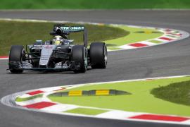 Hamilton supera a su compañero Rosberg en los entrenamientos libres de Monza