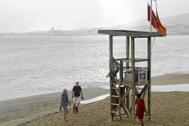 Prohibido el baño en Cala Major, Can Pere Antoni y zonas de Platja de Palma