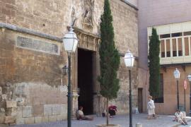 Denuncian a un hombre por buscar sexo en las iglesias del centro de Palma