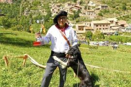 Miquel Adrover y su perro pastor 'Xusco', campeones internacionales en Catalunya