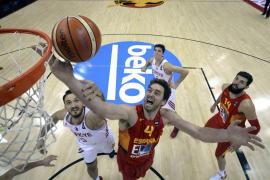 España confía en sí misma y gana con solvencia