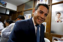 Jimmy Morales gana los comicios en Guatemala, pero habrá segunda vuelta