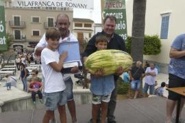 Un melón local, el más pesado de la historia