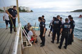 Un detenido y varios identificados por un nuevo incendio en la isla de sa Porrassa
