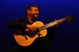 La guitarra de Damià Timoner suena en el Auditori l'Esponja