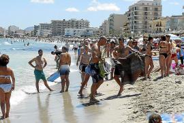 Joan Monjo pretende instalar cámaras de vigilancia en las playas de Can Picafort