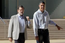 Rajoy apela al voto masivo el 27S para derrotar radicalismo de Mas y Sánchez