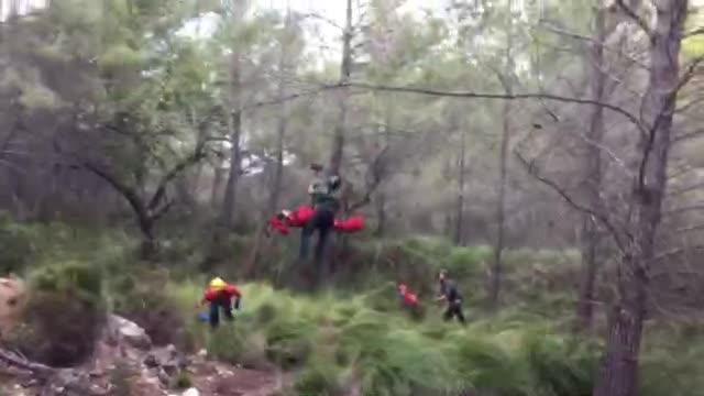 Una pareja sufre un aparatoso accidente de quad y se precipita por un terraplén en Galatzó
