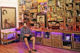 Carlos Prieto abre las puertas de su taller, un espacio «variopinto»