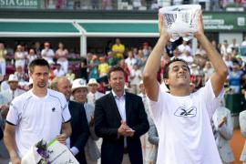 Almagro gana su primer título del año y mantiene el dominio español en Bastad