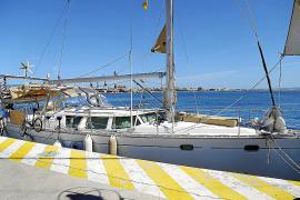Detenido un patrón que dejó su velero a la deriva en el Port de Palma