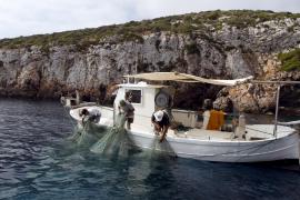Los pescadores crean una plataforma para dignificar el sector y agilizar las ayudas europeas