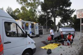 Una joven de 22 años fallece al volcar el coche en el que viajaba en Peguera