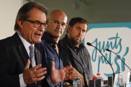 Mas ve «indecente» que el gobernador del Banco de España hable de 'corralito' si Catalunya se independiza