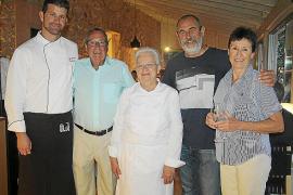 Margarita Alemany y Joan Porcel ofrecen un cóctel a beneficio de la asociación Dime en el Port d'Andratx