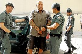Los Ángeles del Infierno conseguían clientes y prostitutas a través de un policía local
