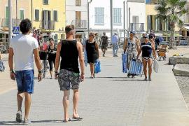 La temporada turística se alarga y llegará hasta mediados de noviembre