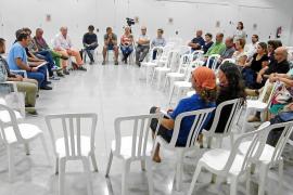 Felanitx se moviliza contra la piscifactoría de Portocolom