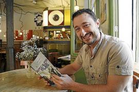 Vicente García culmina la saga zombi 'Apocalipsis Island' con 'Batalla final'