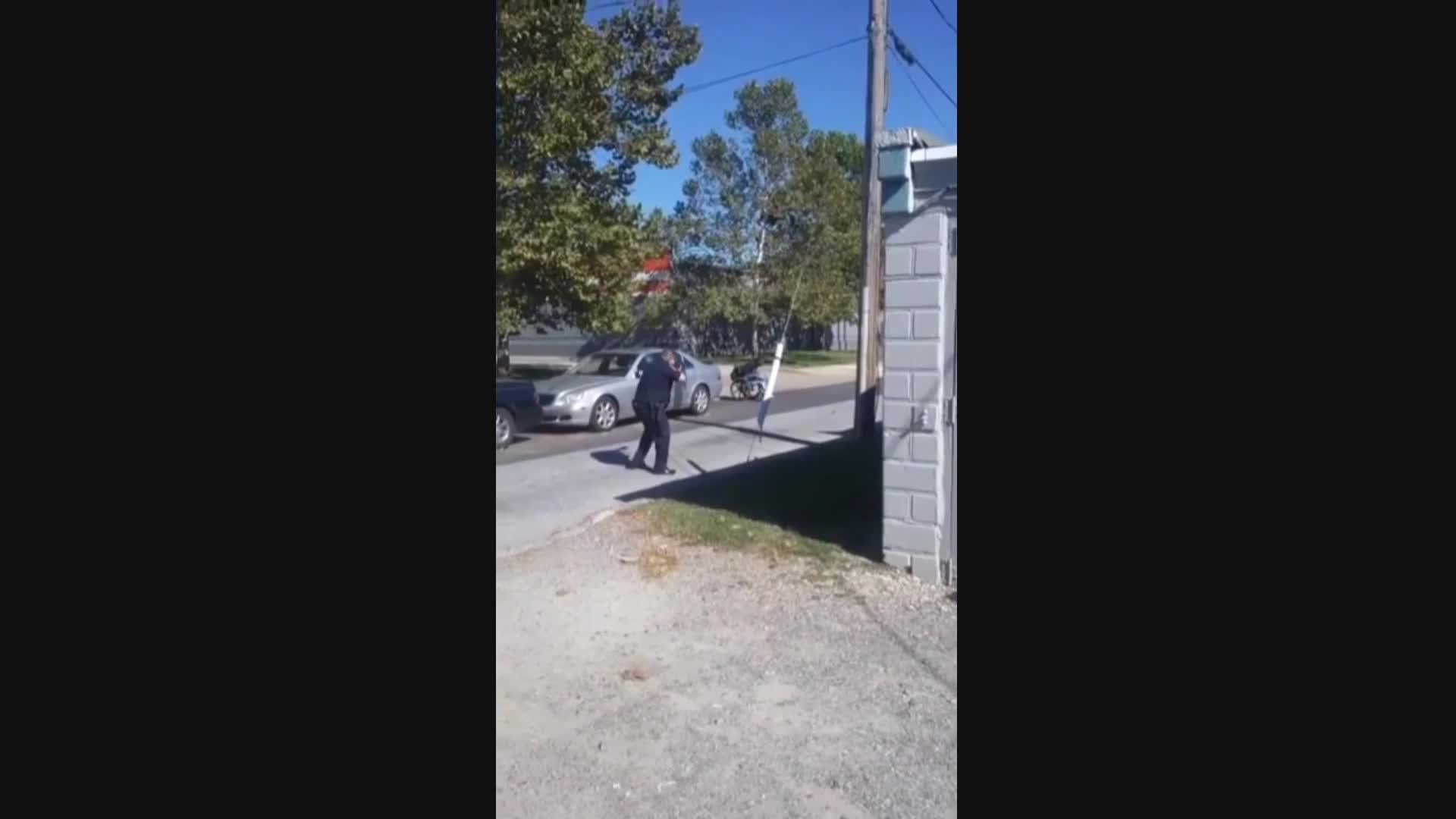 La policía mata a tiros a un hombre en un silla de ruedas en Carolina del Norte