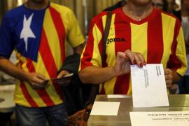 Los sondeos dan una clara mayoría absoluta a la opción independentista