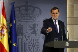 Rajoy dice que está dispuesto a hablar pero no «a liquidar la ley»