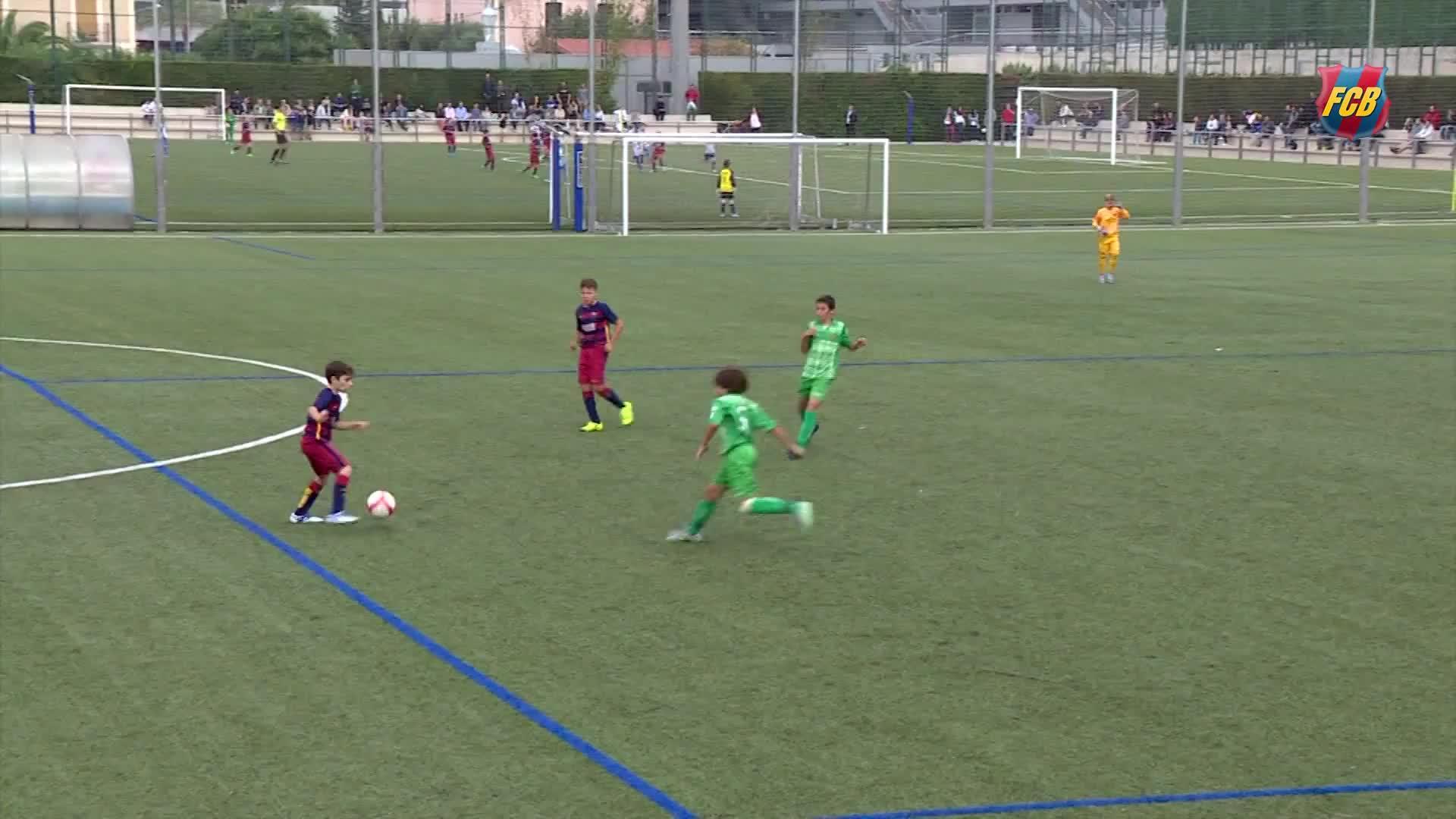 La calidad y la fantasía de un alevín del Barça lo hacen viral