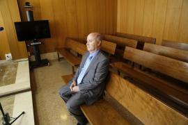 Areal acepta año y medio de cárcel por un delito electoral