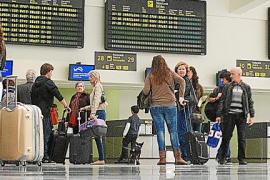 Madrid da largas y congela la aplicación de la tarifa plana de 30 euros en los interislas