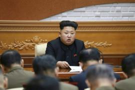 Kim Jong-un exclama ante las masas que está listo para la guerra con EEUU