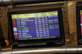 Caos en Son Sont Joan por el mal tiempo en Alemania y en Madrid-Barajas