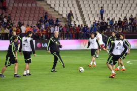 Ucrania se juega el pase directo a la Eurocopa ante una España ya clasificada
