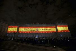 Un espectáculo de luces y sonido adelanta la Fiesta Nacional en el Palacio Real