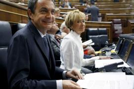 Zapatero asegura que los «nuevos esfuerzos» se pedirán a las rentas más altas