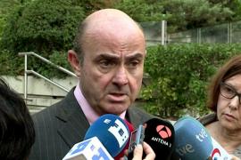 De Guindos afirma que España cumplirá su objetivo de déficit y bajará en 2016