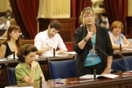 Patricia Gómez dice que el obstáculo para el desarrollo de la carrera  profesional son los recortes del PP