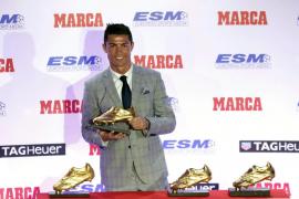 Cristiano Ronaldo recoge su cuarta Bota de Oro con hambre de más